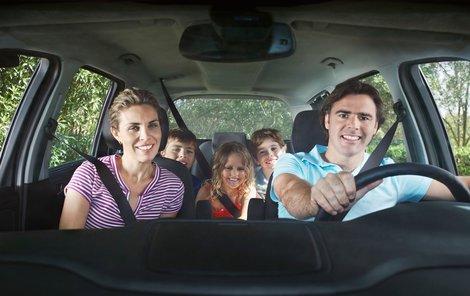 1334116-img-cestovani-dovolena-rodina_google