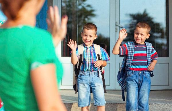 deti jdou do skoly_upr_2_9-15