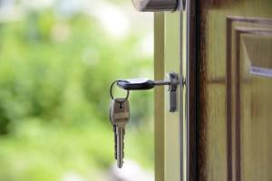 Nedejte zlodějům šanci! Část 6: Dveře pro bezpečný byt či dům
