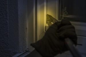 Kriminalita oproti loňskému roku nejvíce poklesla v Olomouckém kraji, vzrostla naopak v kraji Karlovarském