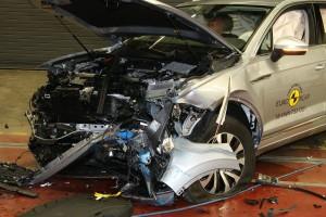 Svět v bezpečí - Čtyři nové crashtesty – sedanu Audi A6 a VW Touareg se dařilo