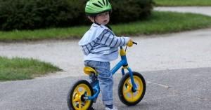 Svět v bezpečí - Jak je to s cyklistickými přilbami pro malé cyklisty